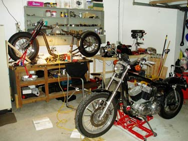 Garage workshop and sportster 883 1212 engine conversion for Custom garage workshop